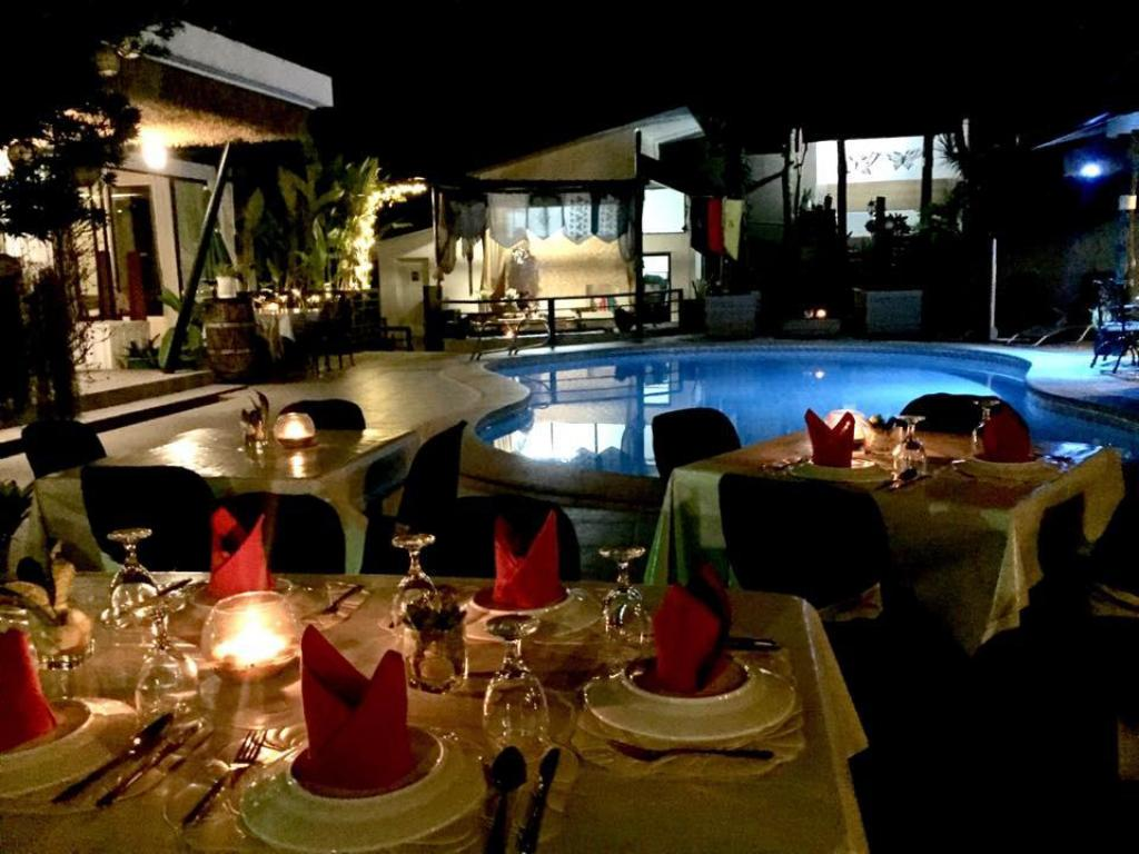 Swimming pool [outdoor] Date and Dine Resort
