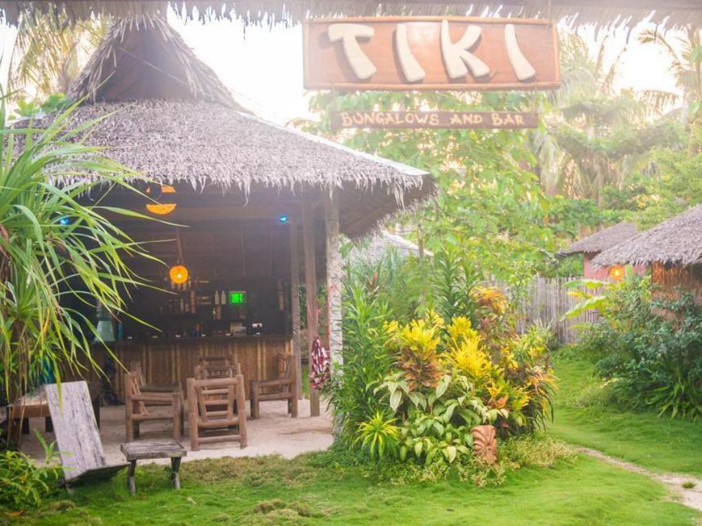 Tiki Bungalows and Bar