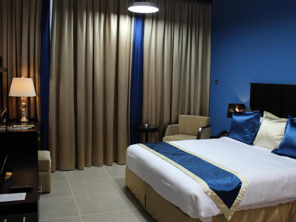 See all 30 photos Al Diar Sawa Hotel Apartments