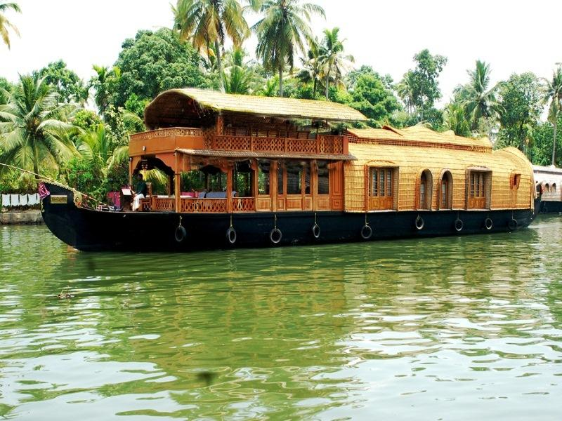 Deluxe Multiple Sharing House Boat