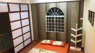 QUEEN BEE homestay - near ferry station