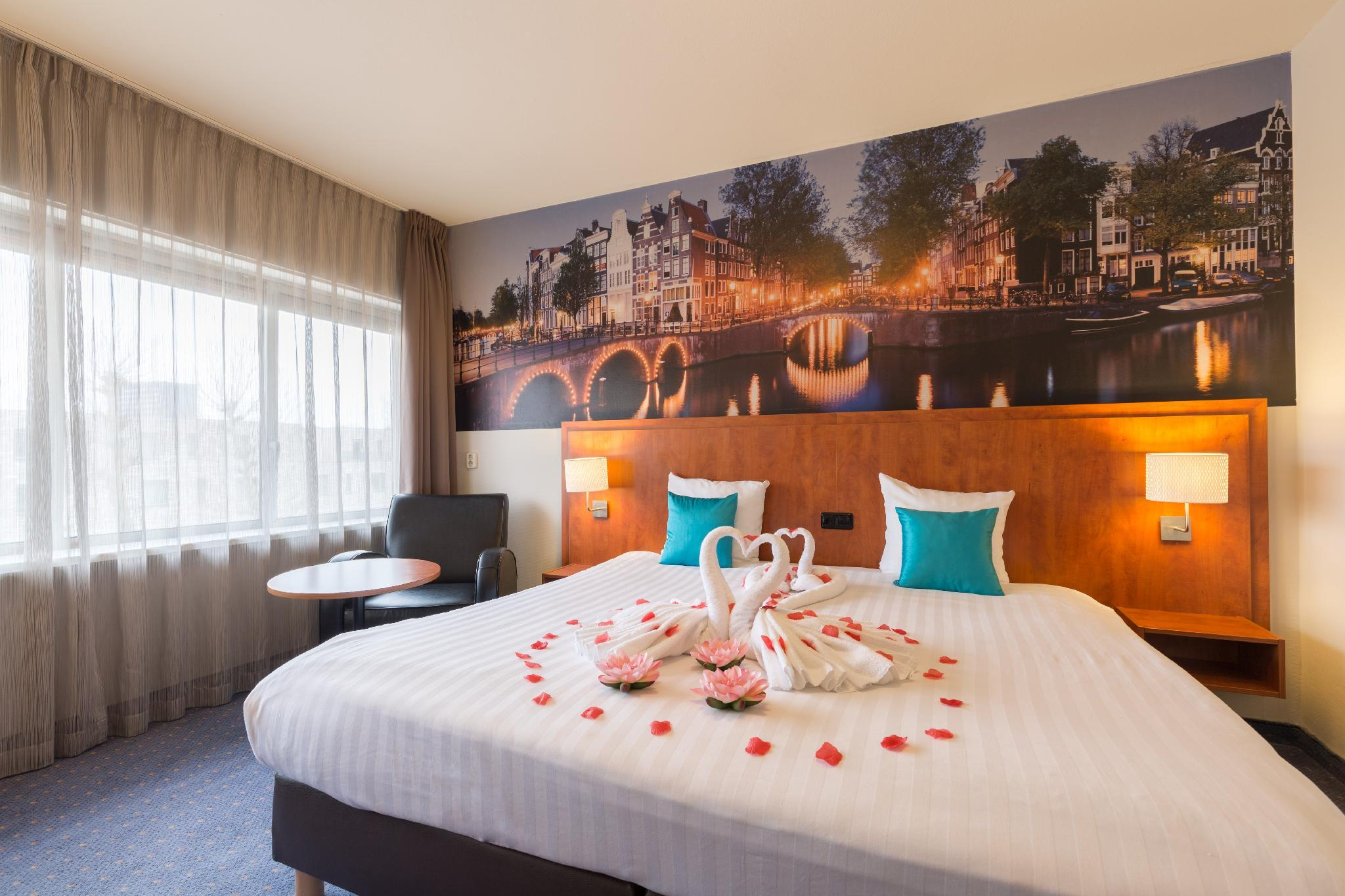 New West Inn In Amsterdam   Room Deals, Photos U0026 Reviews
