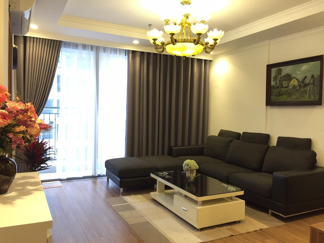 2-Bedroom Suite with 1 Queen Bed, 2 Double Beds and 2 Bathrooms - Non-Smoking (2Bedroom Suite 1 Queen 2 Double 2Bath Non-Smoking)