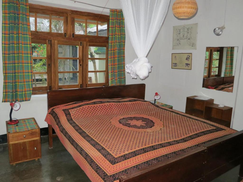 Standard Double or Twin - Guestroom Halgolla Plantation Home