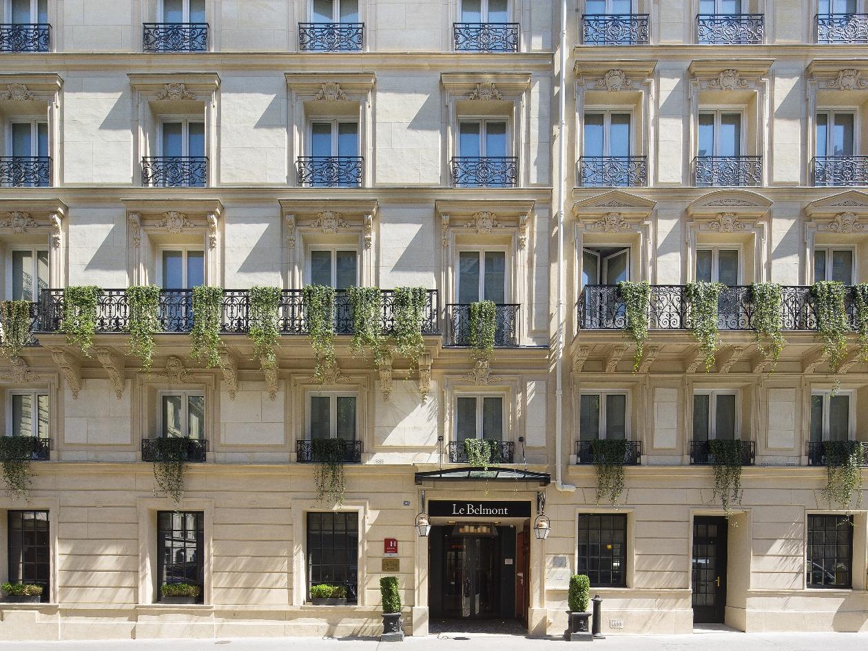 le belmont champs elysees in paris room deals photos reviews. Black Bedroom Furniture Sets. Home Design Ideas