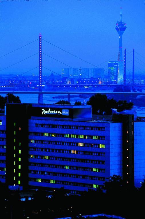 Book Radisson Blu Scandinavia Hotel Dusseldorf In Germany