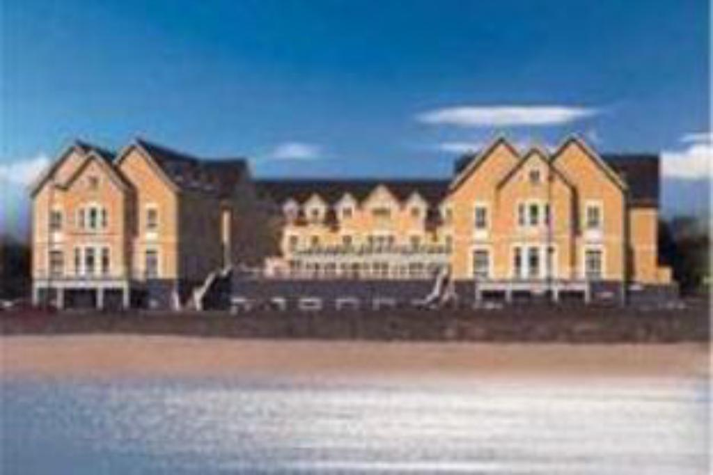 Galway Bay Hotel Conference & Leisure Centre