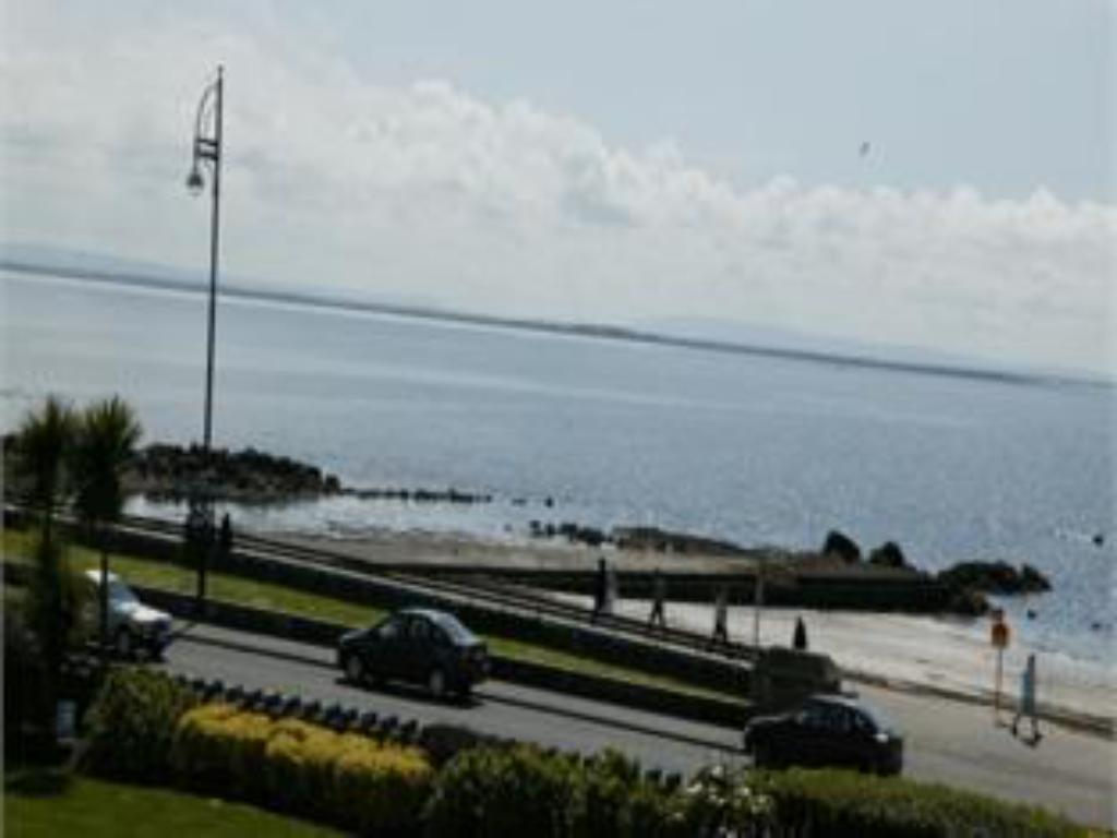 Beach Galway Bay Hotel Conference & Leisure Centre