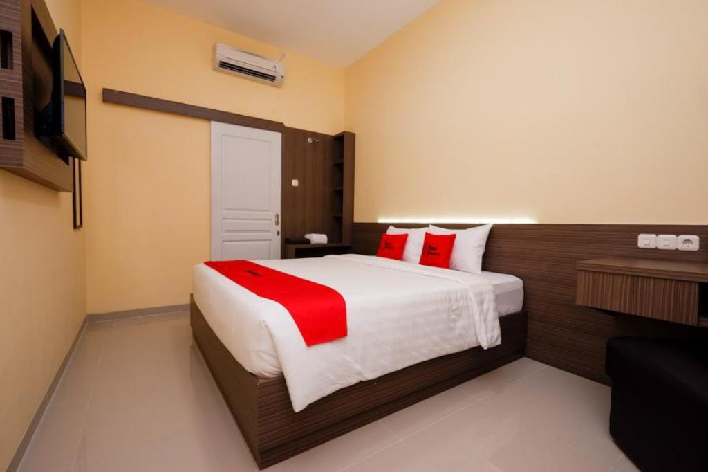 More about RedDoorz Plus near Paragon Mall Semarang