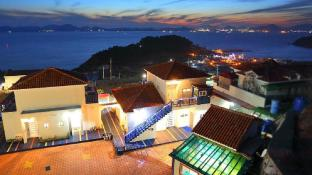 Merblue Namhae Pension