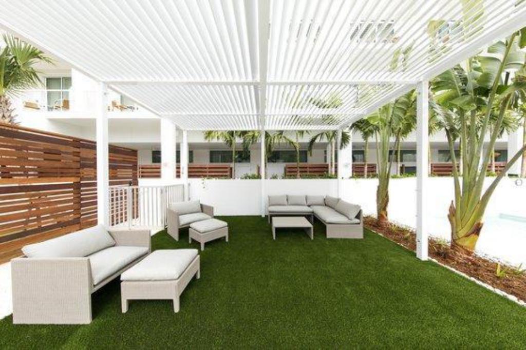 Awe Inspiring The Sarasota Modern A Tribute Portfolio Hotel Sarasota Fl Theyellowbook Wood Chair Design Ideas Theyellowbookinfo