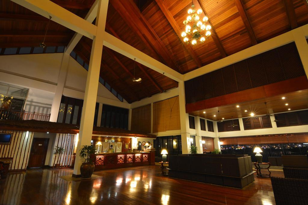 Lobby Philea Mines Beach Resort