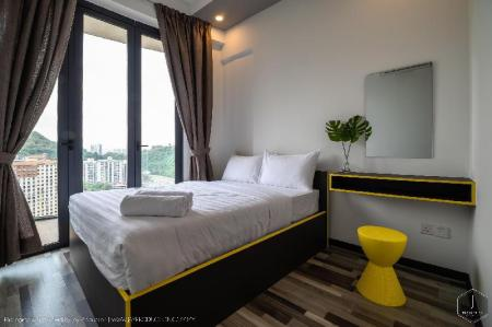 Private Room in Shared Apartment Arte S by FIFI SUITES