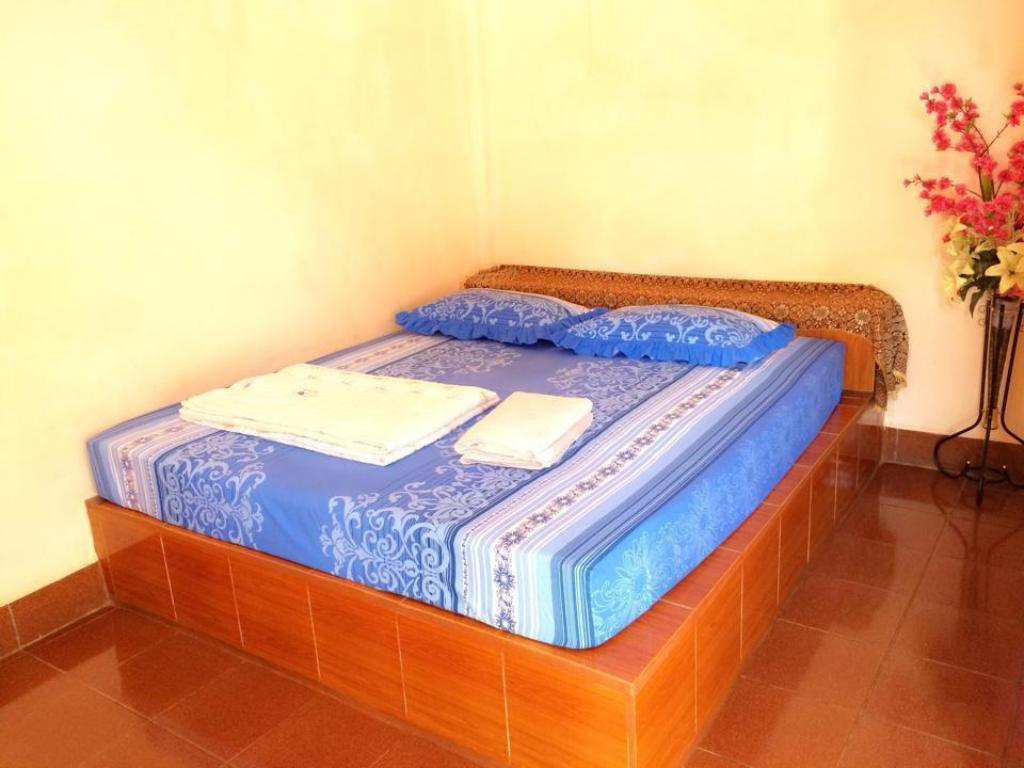 Standard Double - Bed Phonekeo Guesthouse