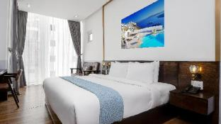 Chill Suites Danang- Beach Side