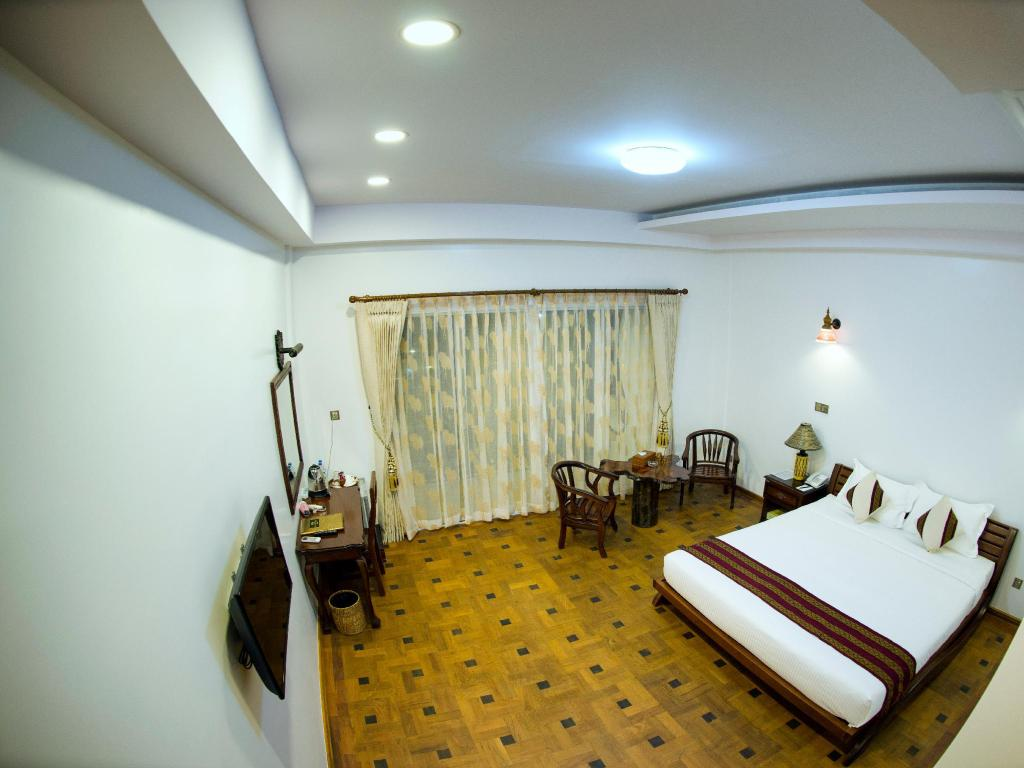Superior Double or Twin - Bed Yadanarpon Dynasty Hotel