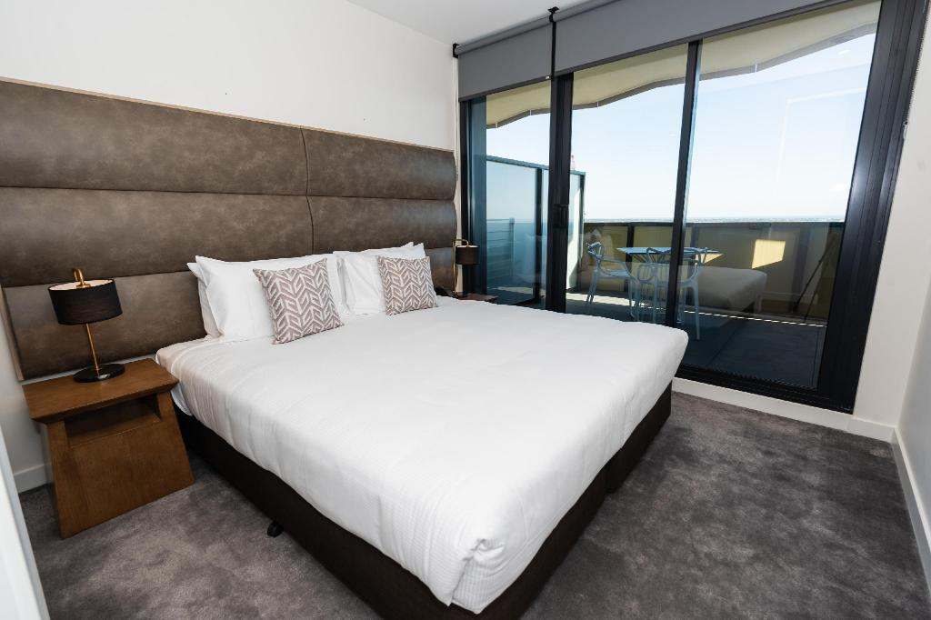 One Bedroom Apartment - Bed The Sebel Melbourne Malvern