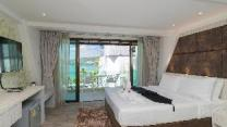 Destinaation Patong Boutique hotel by the sea