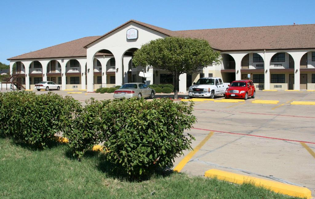 More about Weatherford Heritage Inn
