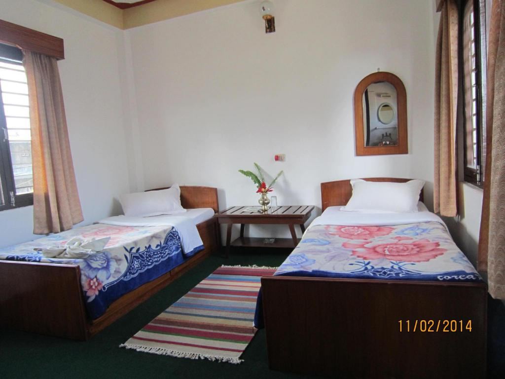 Standard Mountain View - Bed New Annapurna Guest House