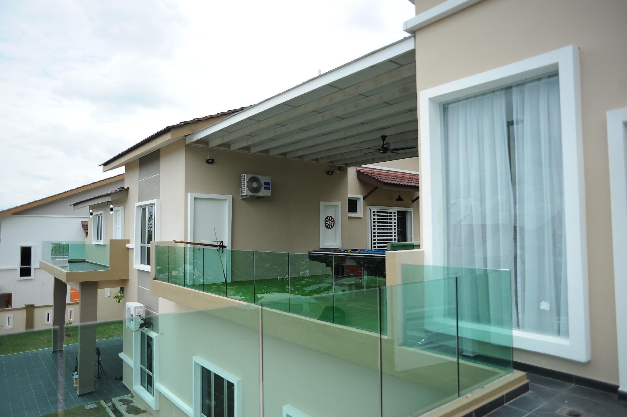Banglo 9000 M Dengan 6 Bilik Tidur Dan 5 Bilik Mandi Peribadi Di Bandar Seremban Villa Mihara Seremban Jimat Di Agoda Com