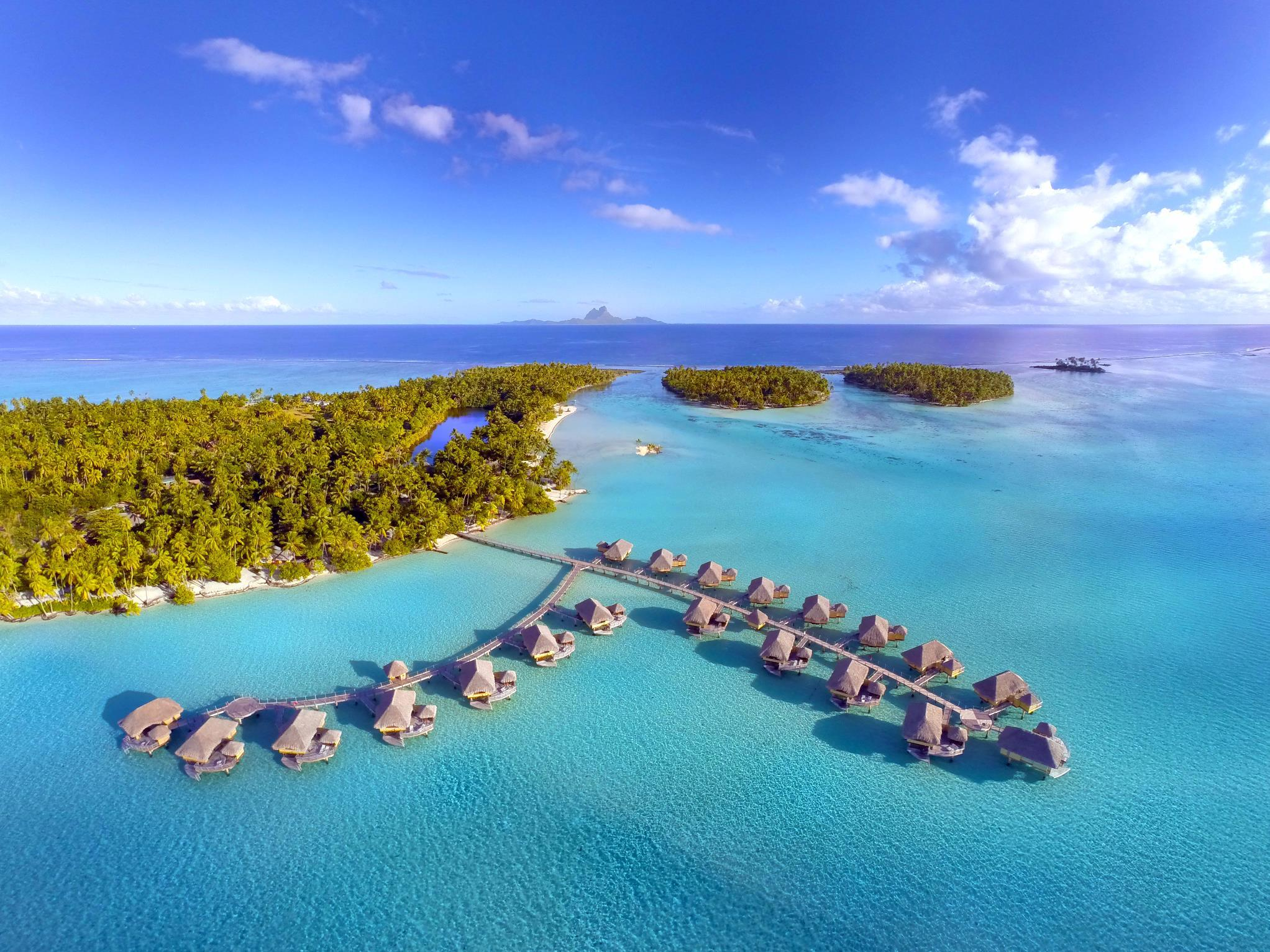 Special Honeymoon Offer - Sunset Overwater Suite