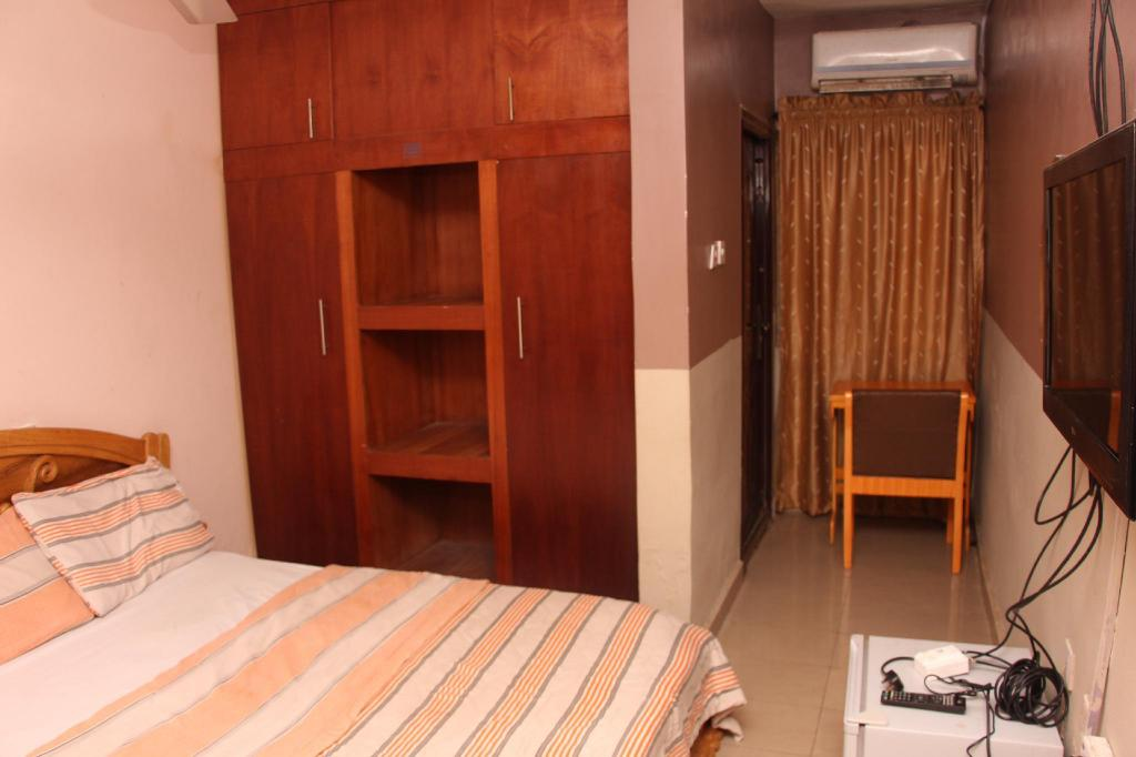 Kamar Deluxe - Denah kamar House of His Glory Suites