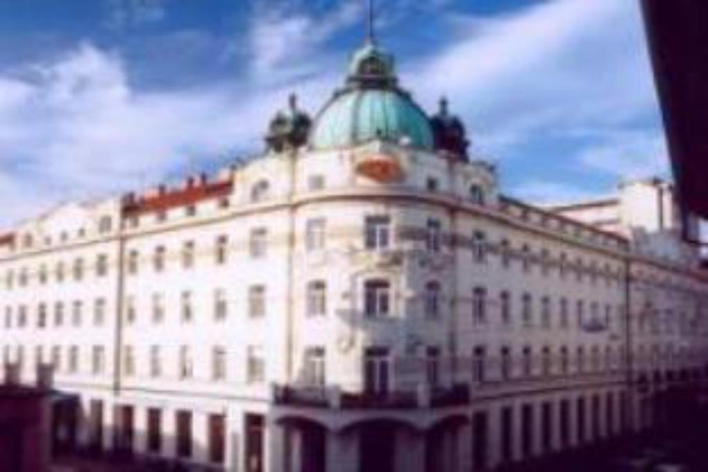 Mere om Grand Hotel Union