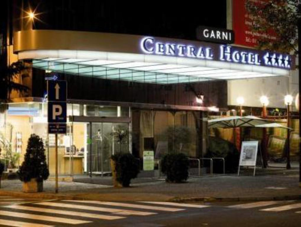 Exterior view Central Hotel