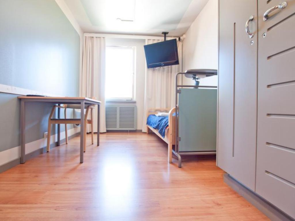 Single Room with Shared Bathroom - Guestroom Eurohostel - Helsinki