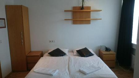 Economy Double Room with Shared Bathroom - Bed 4th floor hotel