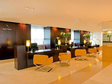 Lobby Hotel Martinez in the Unbound Collection by Hyatt
