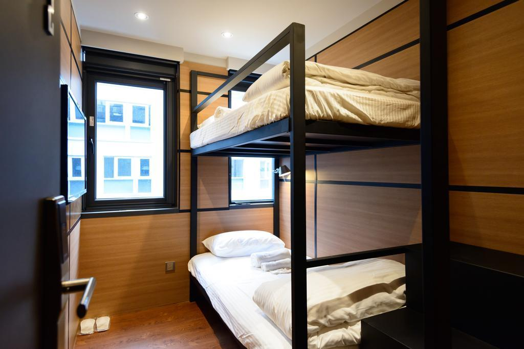Private Room with Bunk Bed and Shared Bathroom - Female Only