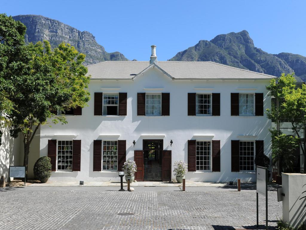 More about Vineyard Hotel