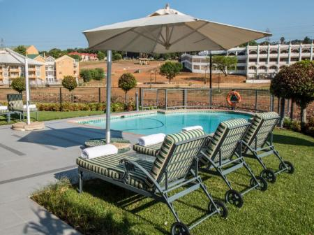Swimming pool Courtyard Hotel Eastgate Johannesburg