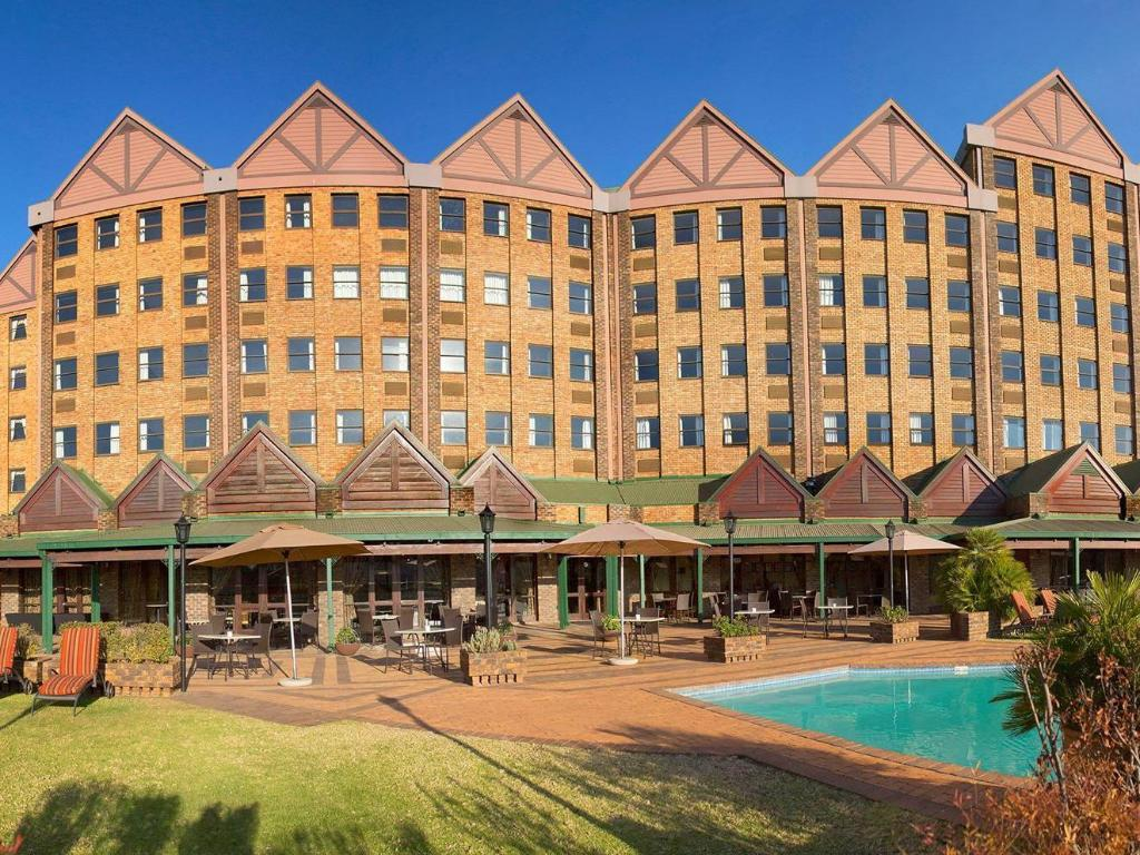 More about The Centurion Hotel