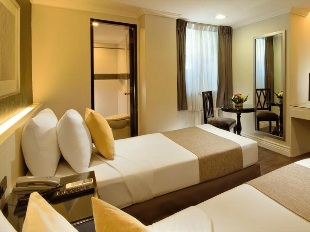 Quarto Standard Metrocentre Hotel & Convention Center