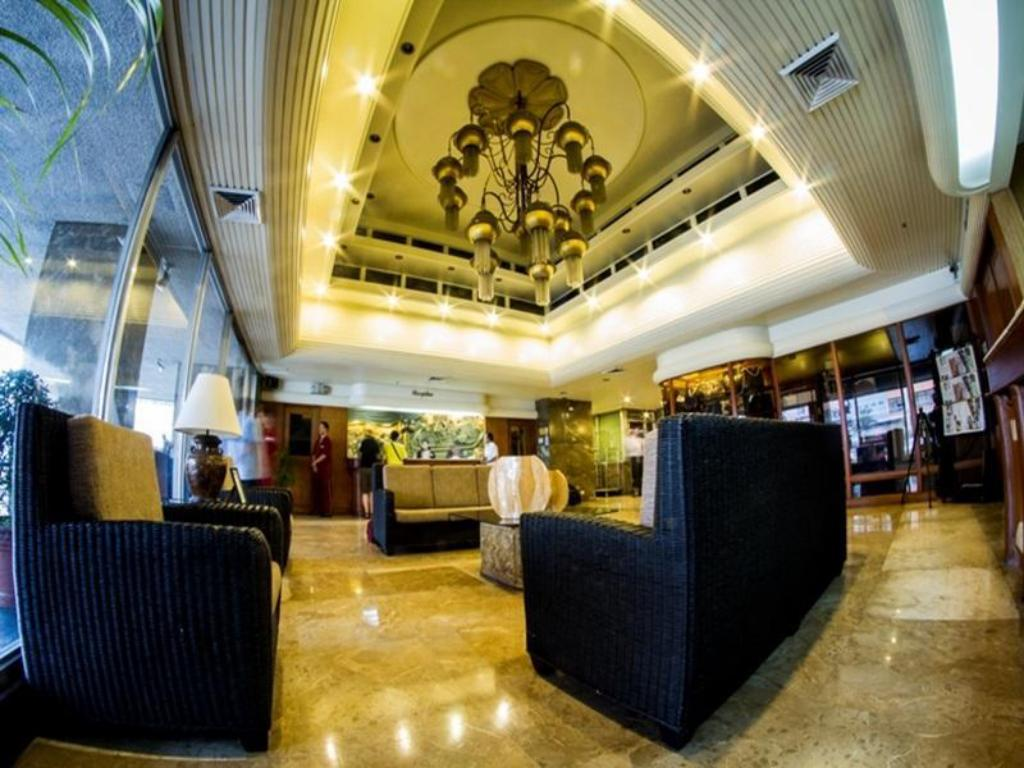 Lobby Copacabana Apartment Hotel