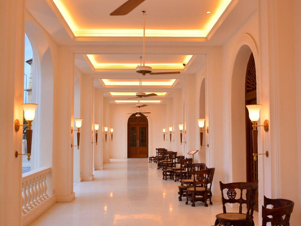 Tampilan interior Galle Face Hotel