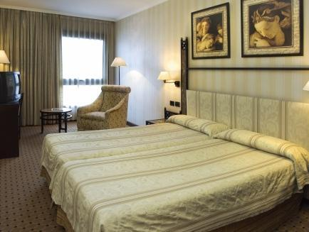 Double or Twin Room with Wine Cellar Package
