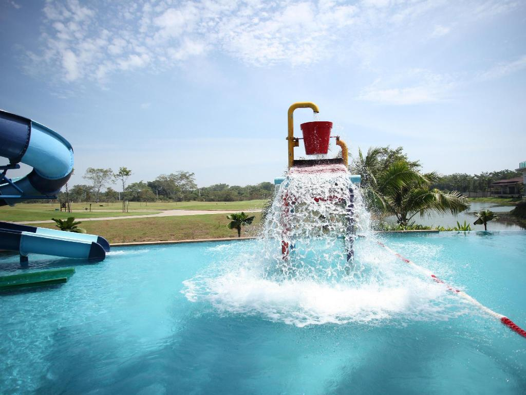 Amverton Cove Golf And Island Resort In Klang Room Deals Photos Reviews