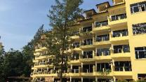 Teluk Batik Holiday Apartment