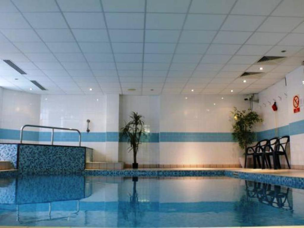 Swimming pool Trouville Hotel