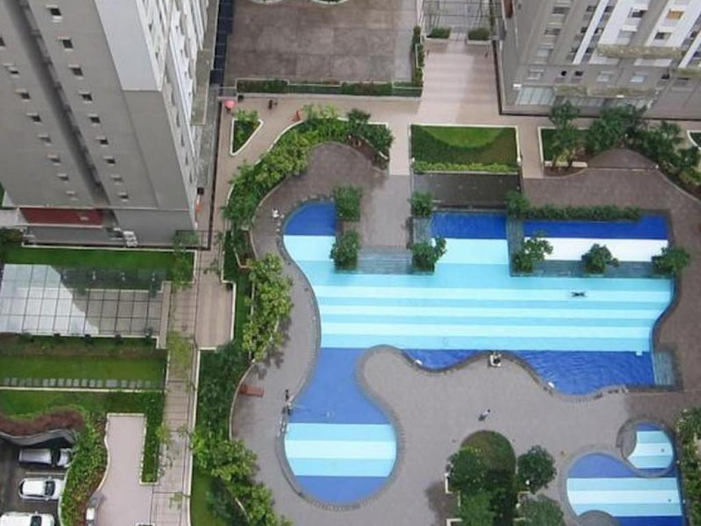 Swimming pool Baywalk Residence @ Green Bay Pluit