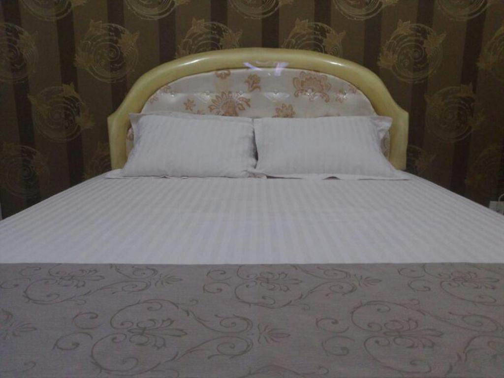 Studio Apartment - Bed Baywalk Residence @ Green Bay Pluit