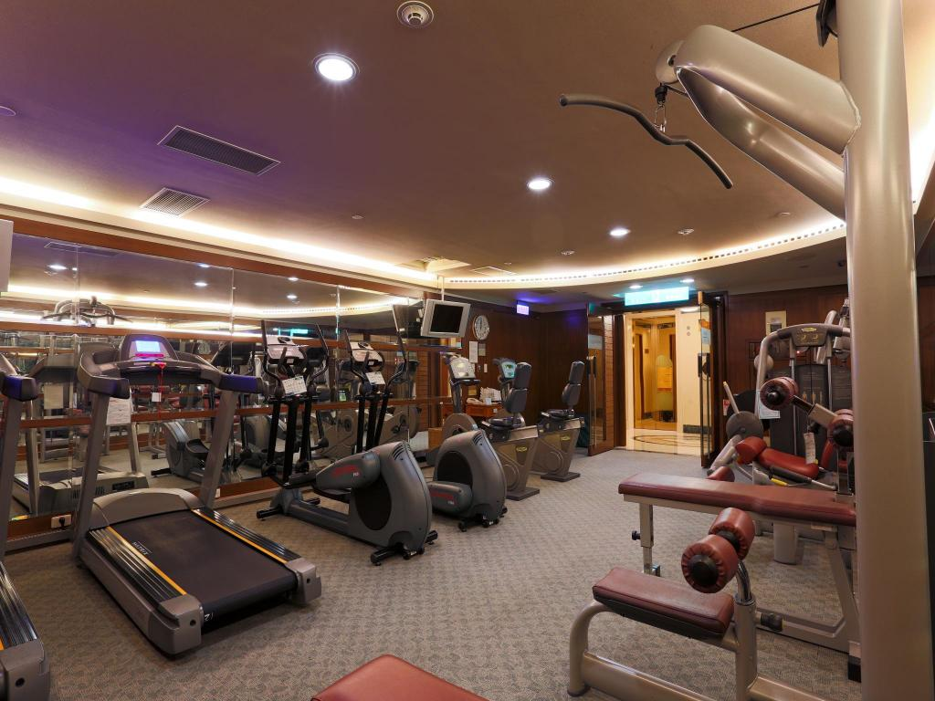 fitness centrum Evergreen Laurel Hotel