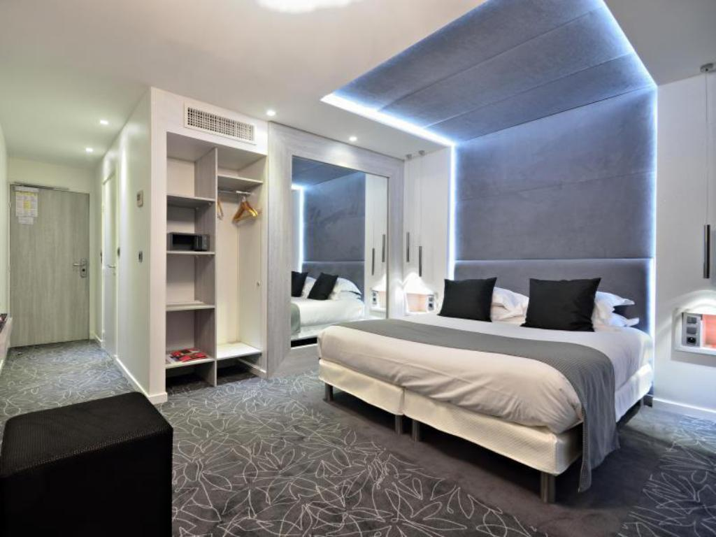 Classic Double or Twin Room Hotel Cezanne