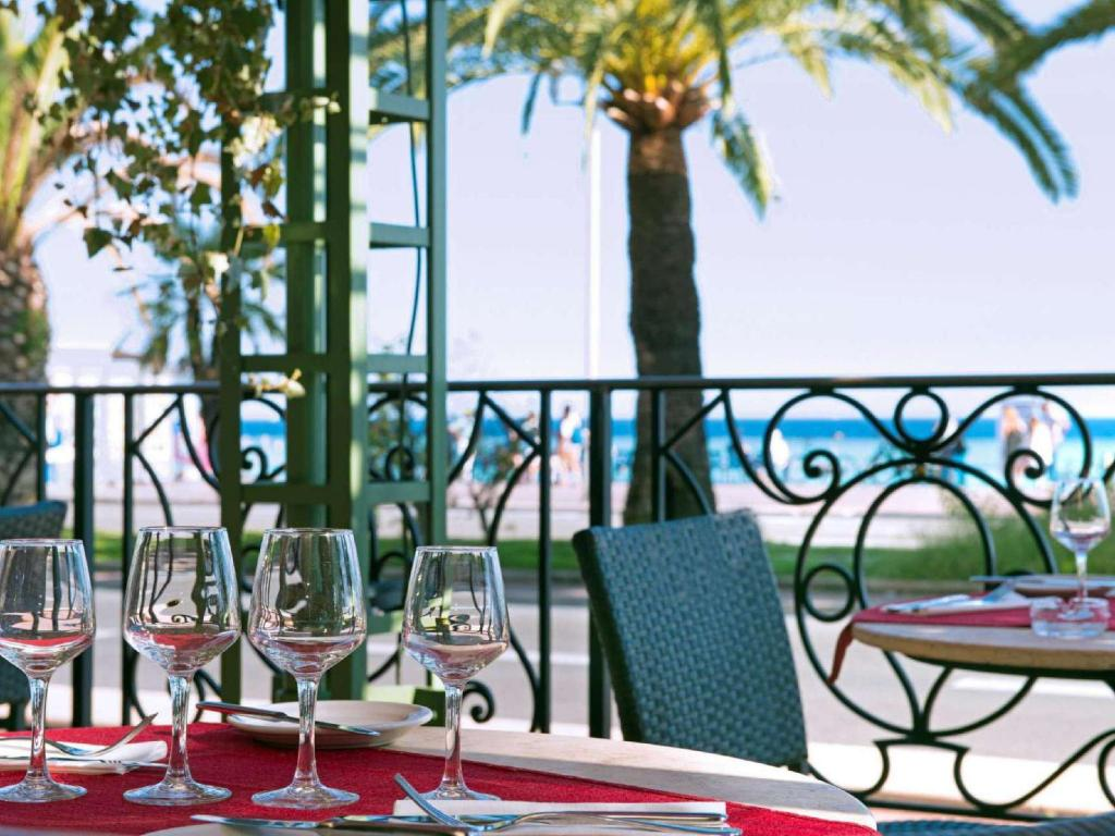 See all 54 photos Hotel West End Promenade des Anglais