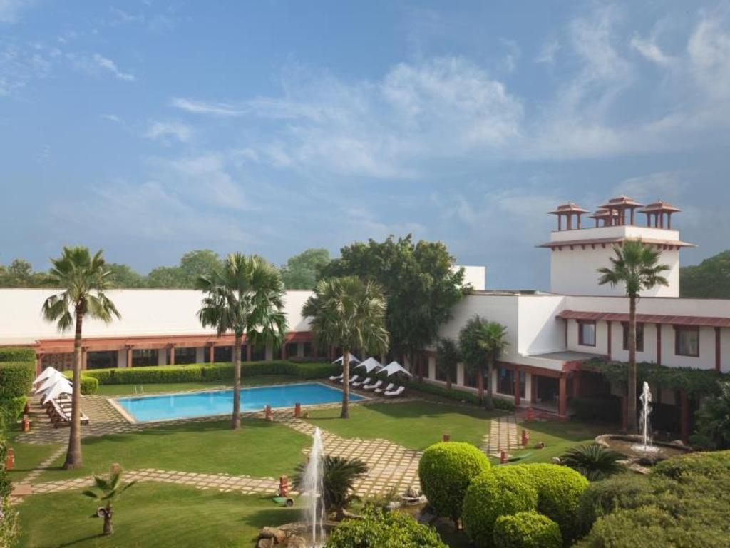 Trident Agra Hotel Booking | Agoda.com Best Price Guarantee