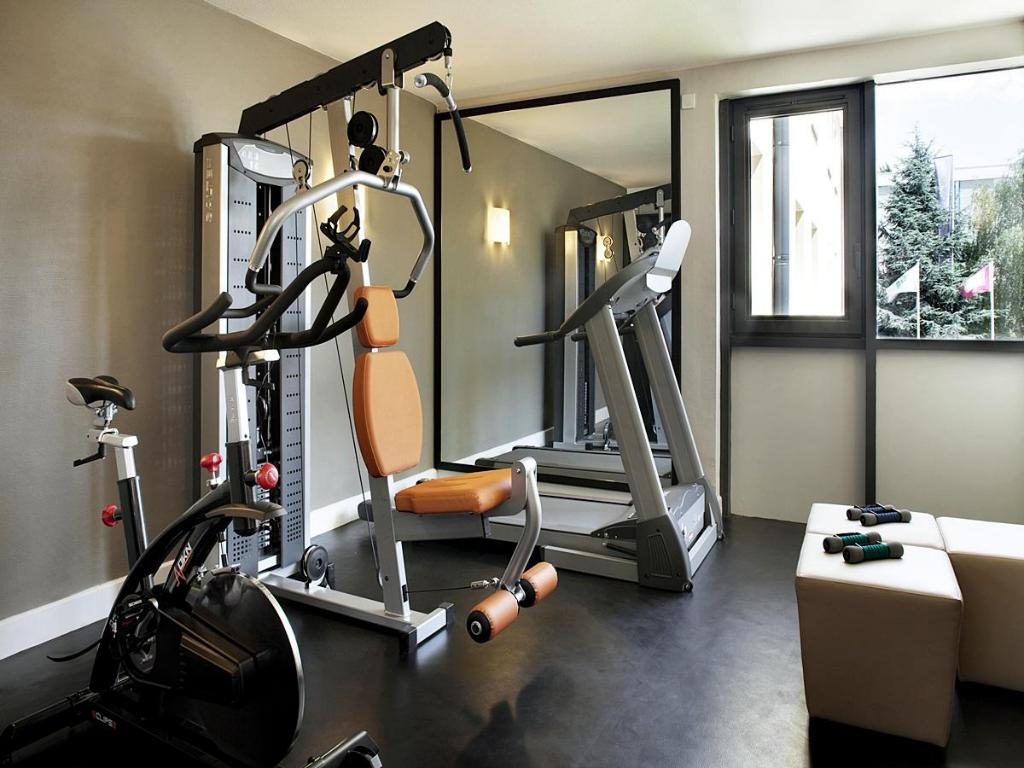 Fitness center Holiday Inn Paris CDG Airport